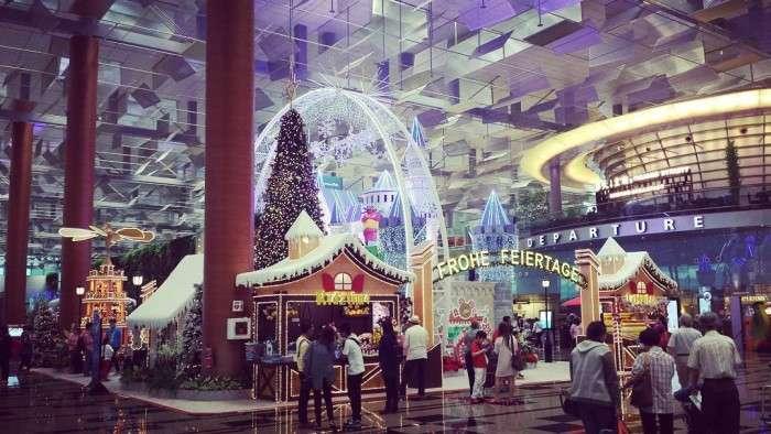 Сінгапурський аеропорт Чангі знову визнаний кращим аеропортом світу (30 фото)