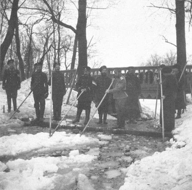 Зимові забави імператорської сімї (25 фото)