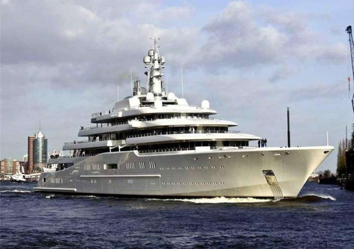 Найдорожчі покупки російських мільярдерів (10 фото)