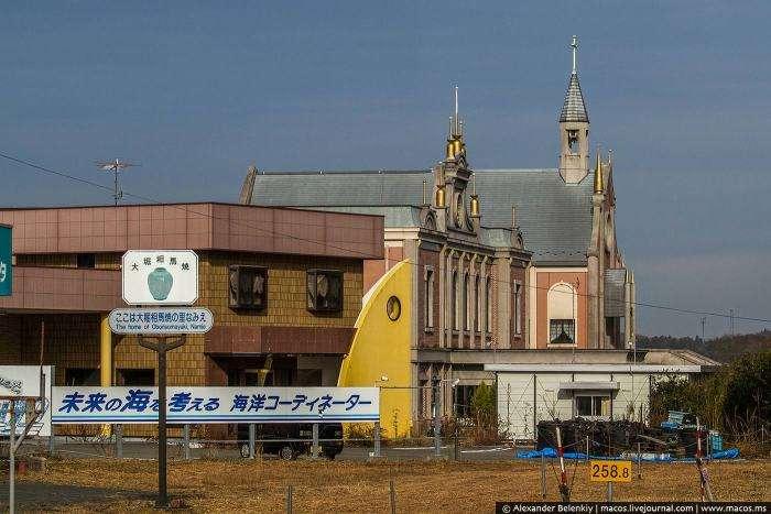 Зона відчуження в околицях Фукусіми (32 фото)
