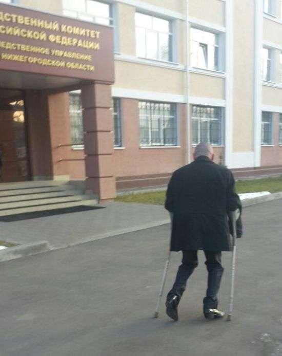Нижегородський водій-інвалід намагається відновити справедливість і повернути свої права (2 фото + відео)