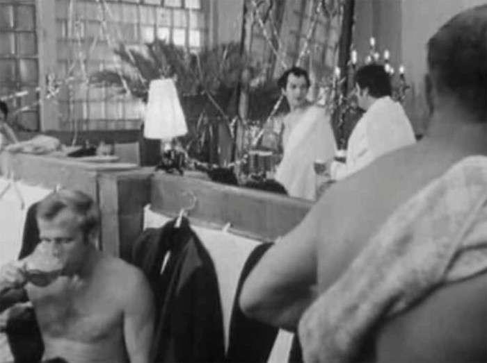 Як знімали банну сцену комедії «Іронія долі, або З легким паром!» (5 фото)