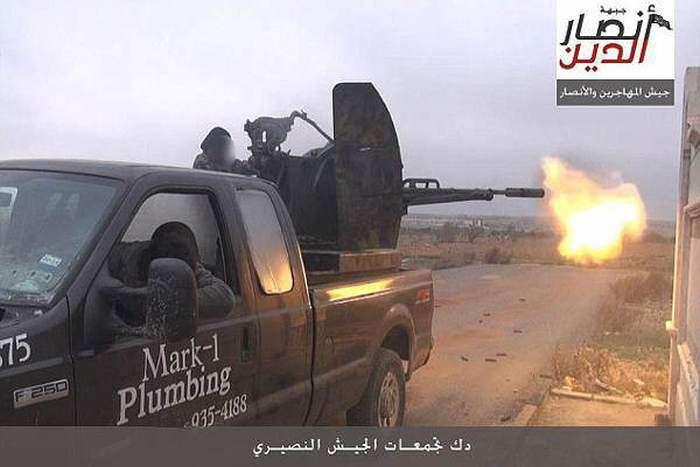 Американець вимагає з автосалону, продав його автомобіль бойовикам ИГИЛ, 1 мільйон доларів (2 фото)