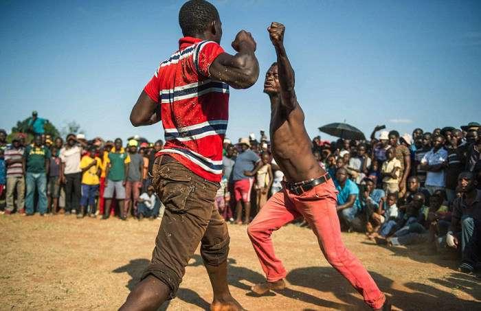 Кулачні бої Мусангве в ПАР (12 фото)