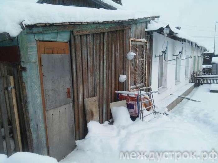 У Нижньому Тагілі під удар колекторів потрапили сусіди боржника (10 фото)