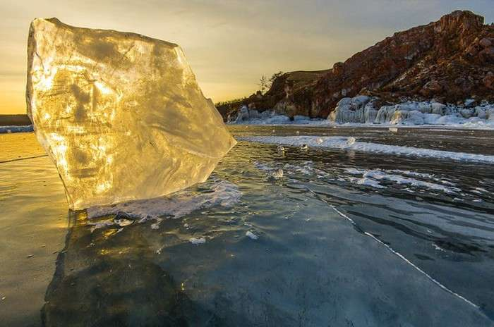 Краси зимового Байкалу (35 фото)