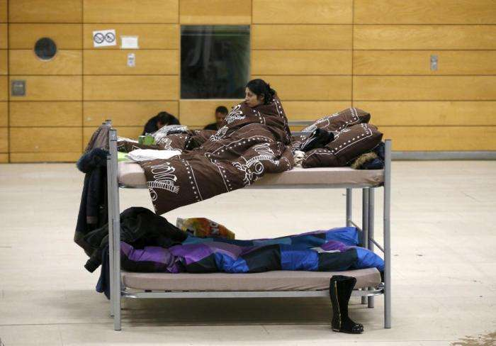 Притулки для біженців в незвичайних місцях Німеччини (17 фото)