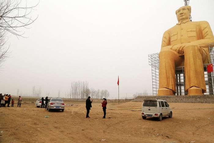 В Китаї завершується будівництво найбільшого памятника Мао Цзедуну (5 фото)