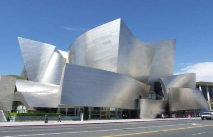 Помилки і прорахунки архітекторів, які не залишилися непоміченими (15 фото)