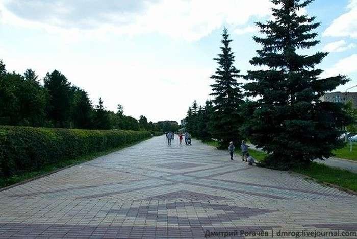 «Відстала» Росія: 98 фото з саркастичними підписами. Частина 2 (98 фото)