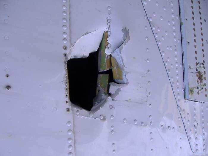 Фотозвіт про ремонт літака в умовах Антарктики (41 фото)