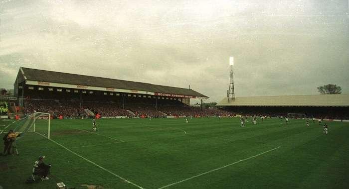 Як складається доля старих британських стадіонів, після того як на них перестають проводити матчі (43 фото)