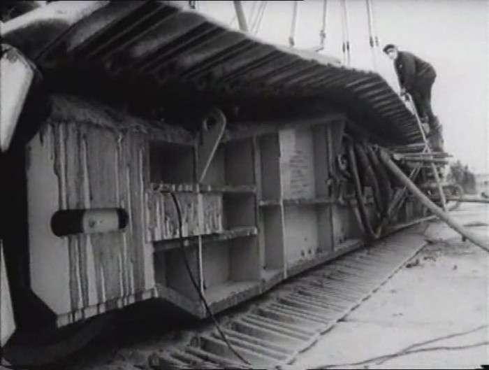 Підйомні крани ЧАЕС (20 фото)