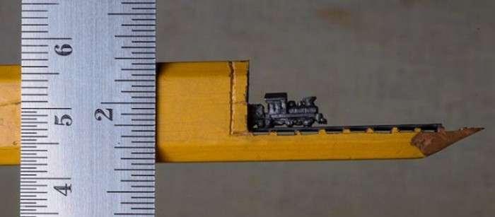 Приголомшлива міні-скульптура з графітового олівця (5 фото)