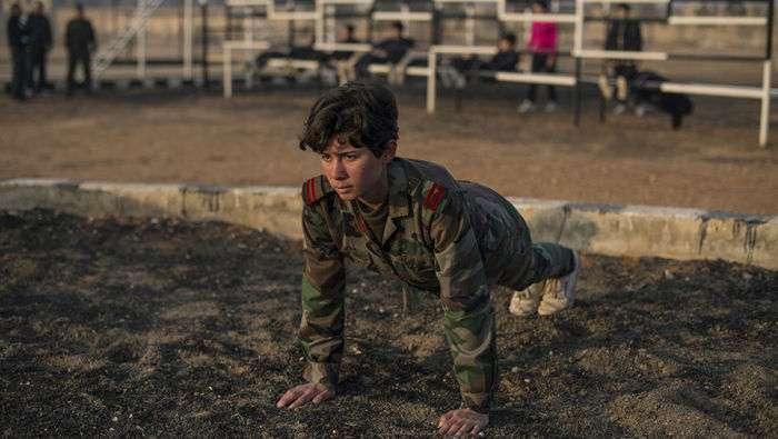 Як тренують жінок спеціального жіночого батальйону сирійської армії (12 фото)