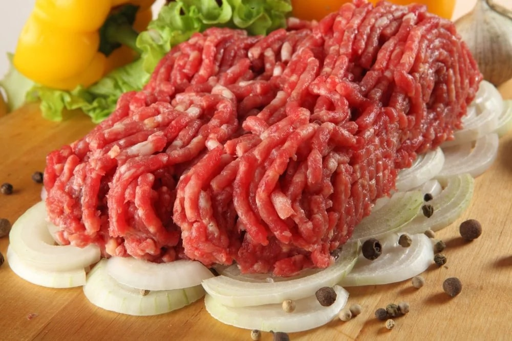 Что добавляют в фарш для пельменей, чтобы начинка была сочной и вкусной? Советы по приготовлению фарша Кулинария