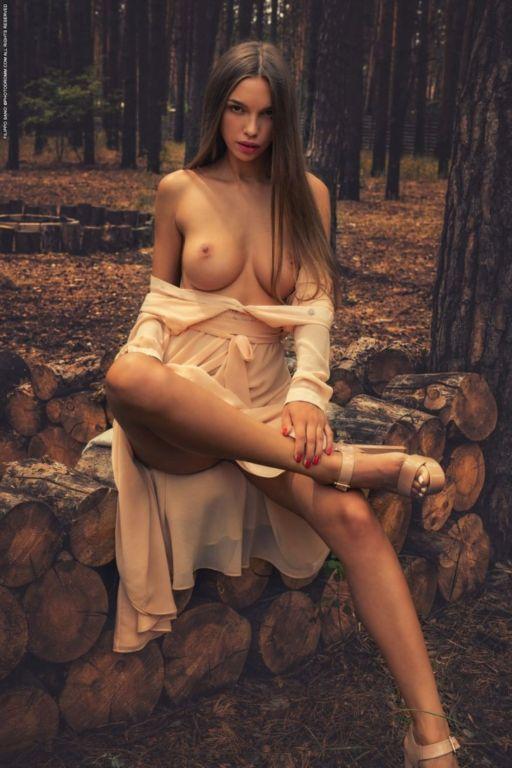 Элина — Девушка Дня Развлечения,бикини,девушки,красотки