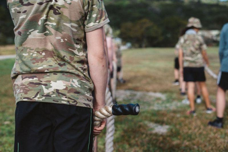 Детский военный лагерь без гаджетов. Стоимость 9-дневной путевки - 5000 долларов Всячина