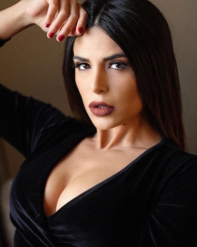 Иранская модель бежала из страны из-за откровенных фотографий Всячина