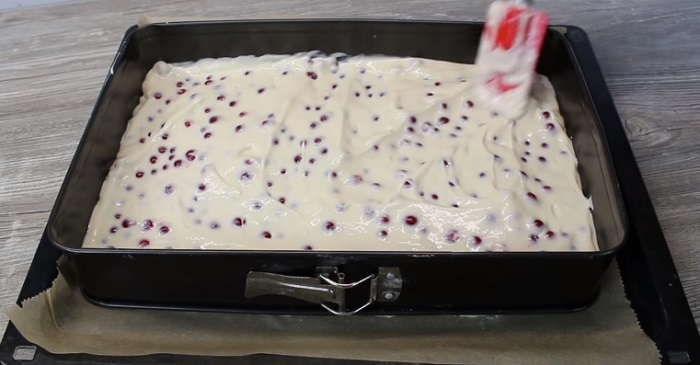 Инструкция по приготовлению пирога с красной смородиной и безе Кулинария,Выпечка,Пироги,Питание,Праздники,Продукты,Смородина,Ягоды