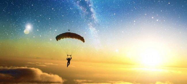 Невероятные переживания во время прыжка с парашютом