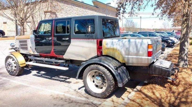 Чудовищный грузовик, собранный из частей Jeep и Mitsubishi   Интересное