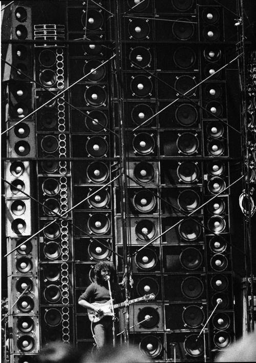 35 музыкальных маньяков, которым все посылают лучи зла   Интересное