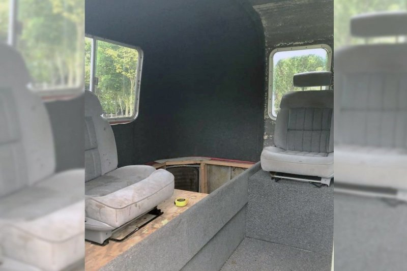 Модифицированный дом на колесах, предназначенный для перевозки автомобилей   Интересное
