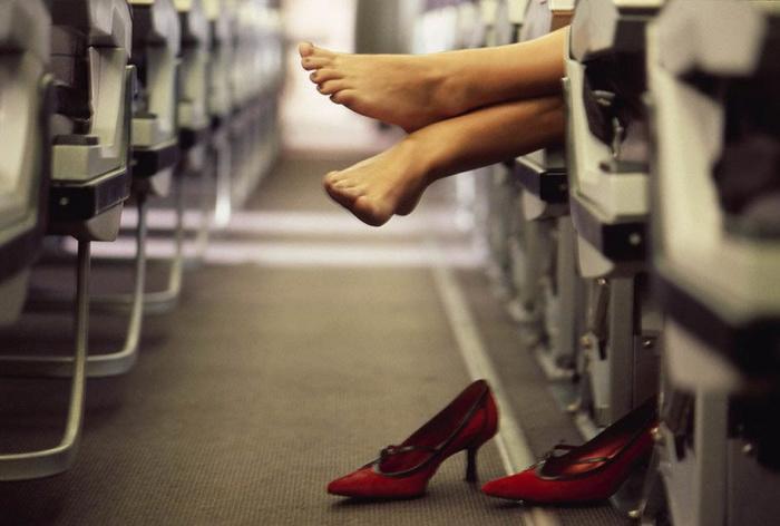 «Десятка» важных вещей, которые нужно и не нужно делать, оказавшись в самолете Интересное