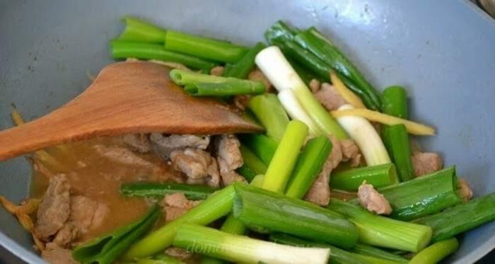 Как приготовить луковые стрелки: что приготовить из стрелок лука закуски,кулинария,рецепты,салаты