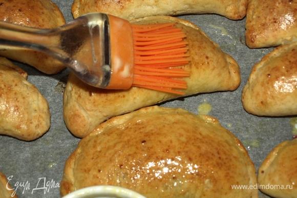 Творожные пирожки с вишней выпечка,кулинария,пирожки с вишней