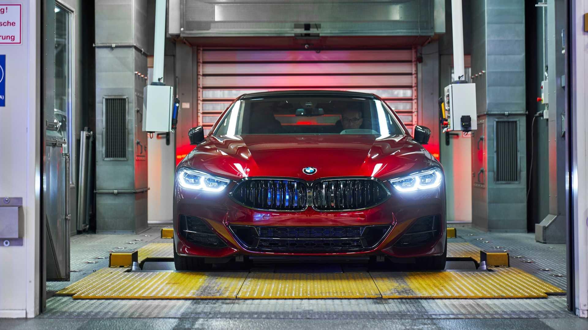 BMW показала фотографии первых экземпляров 8 Series Gran Coupe, и они выглядят «вкусно» автомобили,автомобиль,автоновости,НОВОСТИ