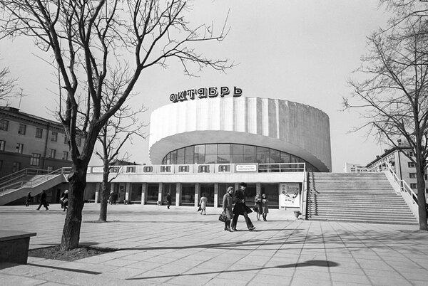 Назад в СССР: в кинотеатре РЕТРО,СОВЕТСКИЙ ПЕРИОД,СОВЕТСКИЙ СОЮЗ,СОВЕТСКОЕ ВРЕМЯ,СОВЕТСКОЕ КИНО И АКТЁРЫ,СОЦИАЛИЗМ,СССР