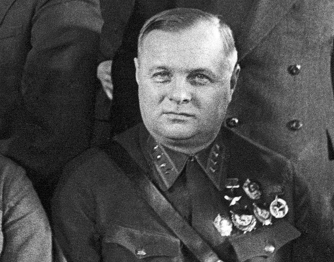 Сталин спросил Мерецкова, которого били на допросах: «Тяжело было?» армия,история,россия