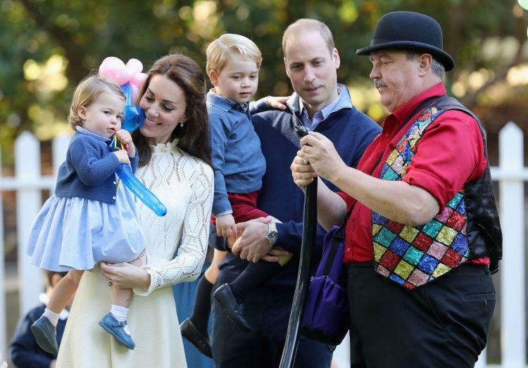 Никакого Интернета: принц Уильям и Кейт Миддлтон запретили детям гаджеты гаджеты