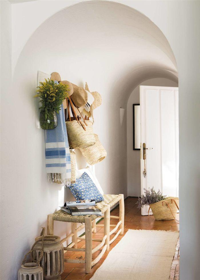 Природный шарм: 6 предметов для летнего обновления прихожей декор,интерьер и дизайн,мебель,природные материалы,прихожая
