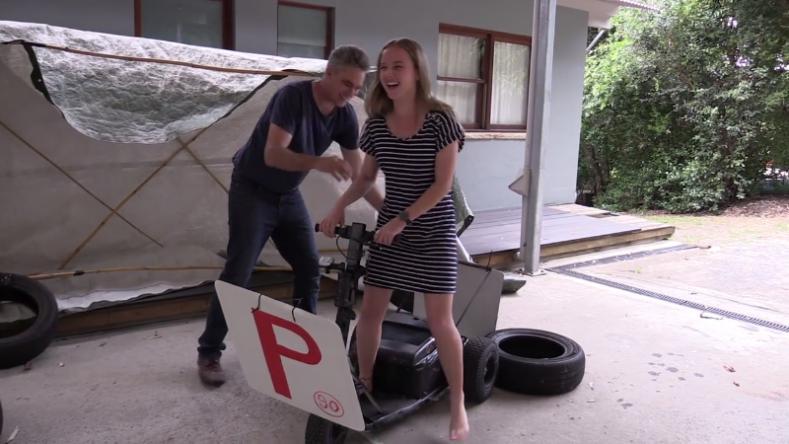 Дочь была уверена, что папа подарит ей авто после сдачи экзамена авто и мото,автоновости,видео
