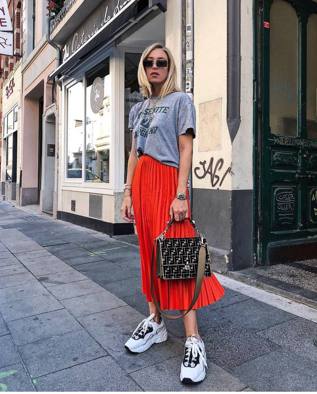 Очаровательные сумочки кросс-боди – носим не только через плечо лучшее,мода,модные советы,Наряды