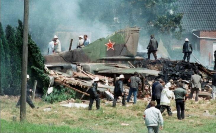 Самолет-беглец: самая нелепая катастрофа советского истребителя История,ссср